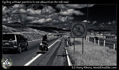 Cycling without panniers is not allowed on the toll road