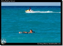 Harry floating, Cancun