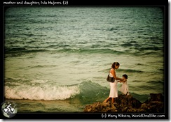 mother and daughter, Isla Mujeres (2)
